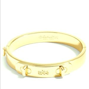 Coach Swagger Hinged Bangle